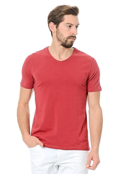 Kiğılı V Yaka Tişört Kırmızı